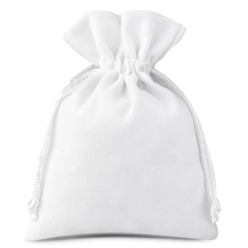 10 szt. Woreczki welurowe 9 x 12 cm - białe