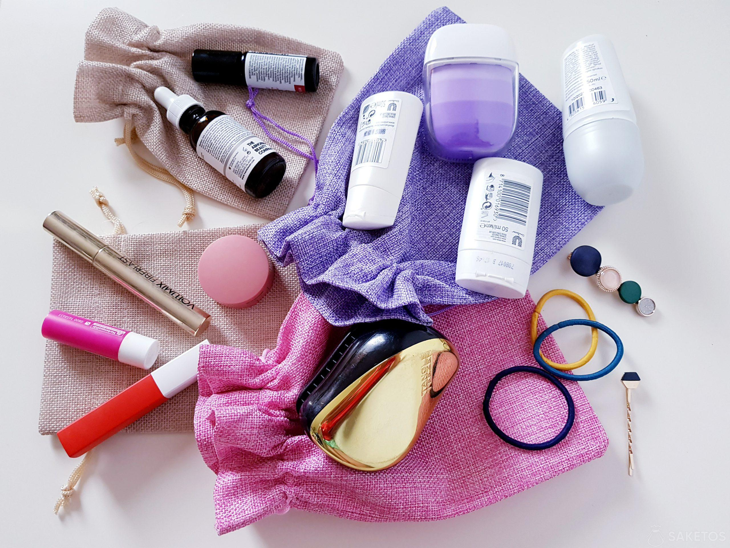 Zamiast kosmetyczki - worek organizer na kosmetyki