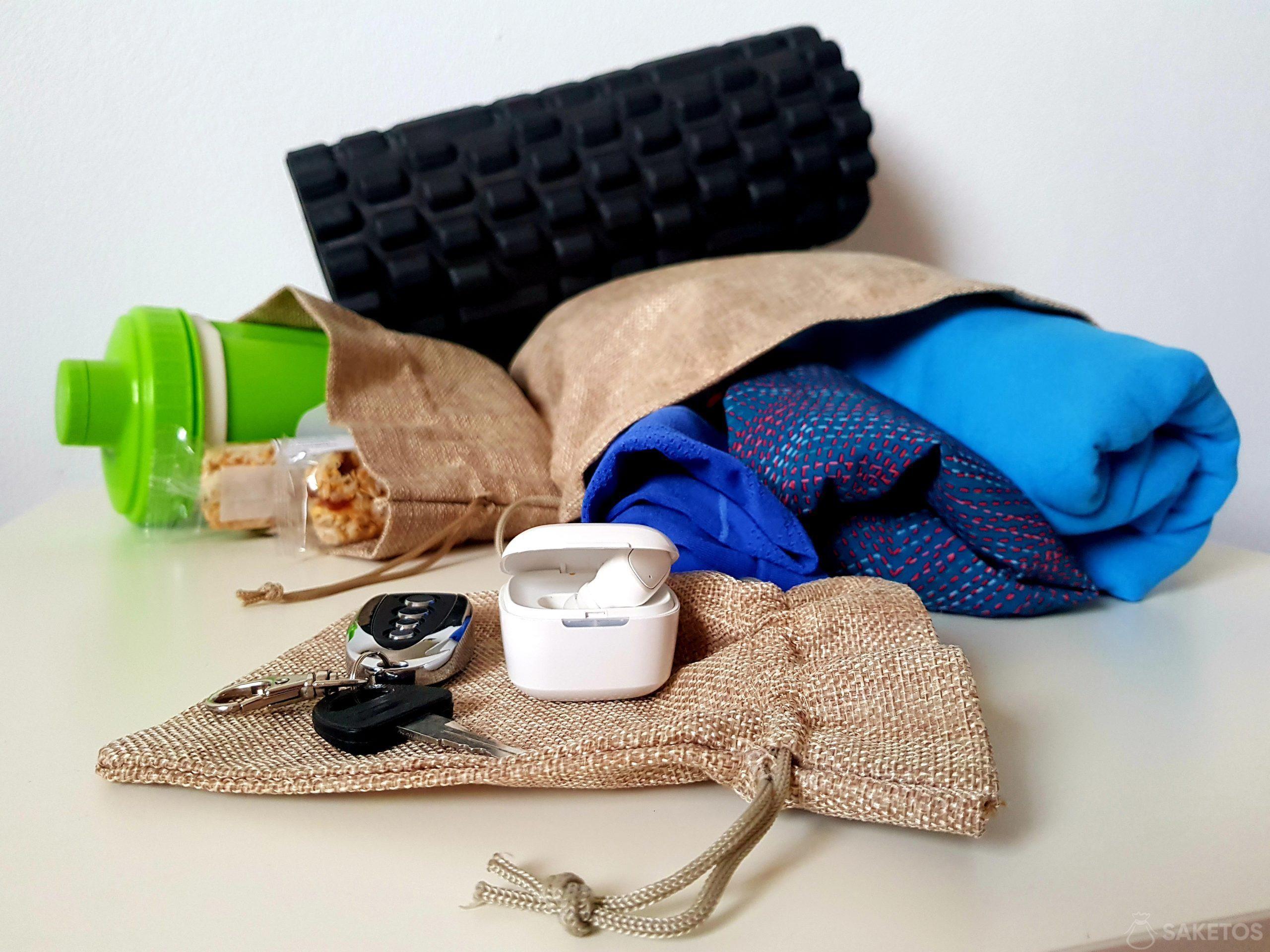 Worki organizery podróżne i do torby na siłownię